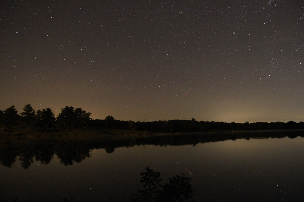 Meteor shower at the Albia Reservoir.